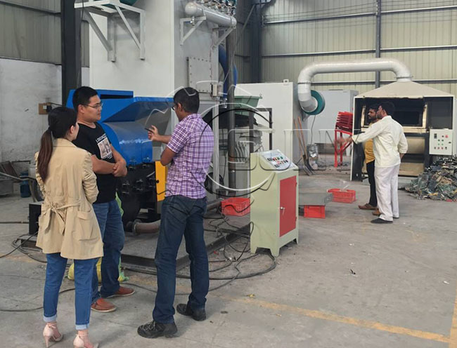 Customers in the watch the cable wire recycling machine operation